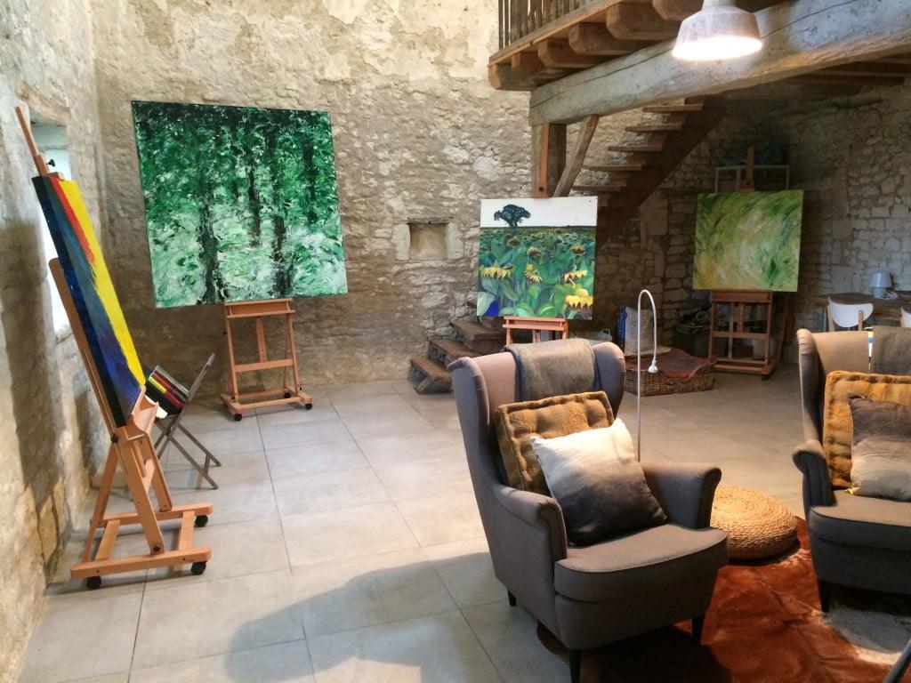 Speciale schilderworkshop verpakt in een mini vakantie, in de stilte van een Atelier uit 1600 op het Franse platteland, in de driehoek Chinon Saumur en Tours.